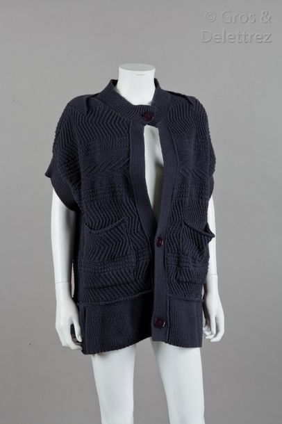 Stella Mc CARTNEY Collection Pre Fall 2008  Cardigan en maille fantaisie marine …