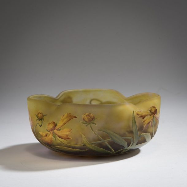 Daum Freres, Nancy , 'Arnica' bowl, 1905-1910 Daum Freres, Nancy , 'Arnica' bowl,…