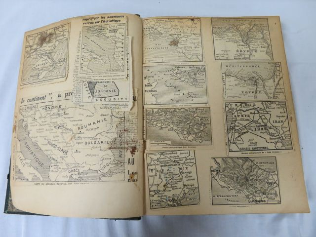 "De la Brugière ""Atlas national"" Illustré de nombreuses cartes. Paris, Fayard, 1…"