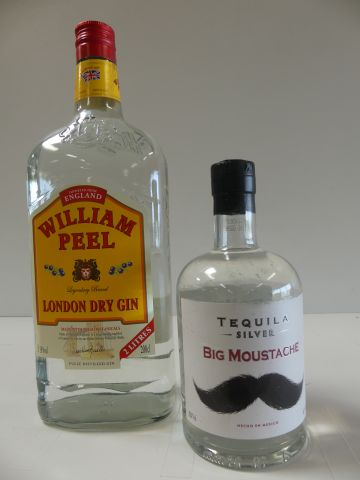 Lot de 2 bouteilles : 1 William Peel (200cl) London Dry Gin ; 1 Tequila Silver Big…