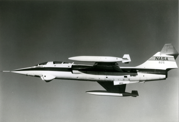 Nasa. Avion expérimental NASA 825 construit par Lockheed en 1967. Tirage chromogénique…