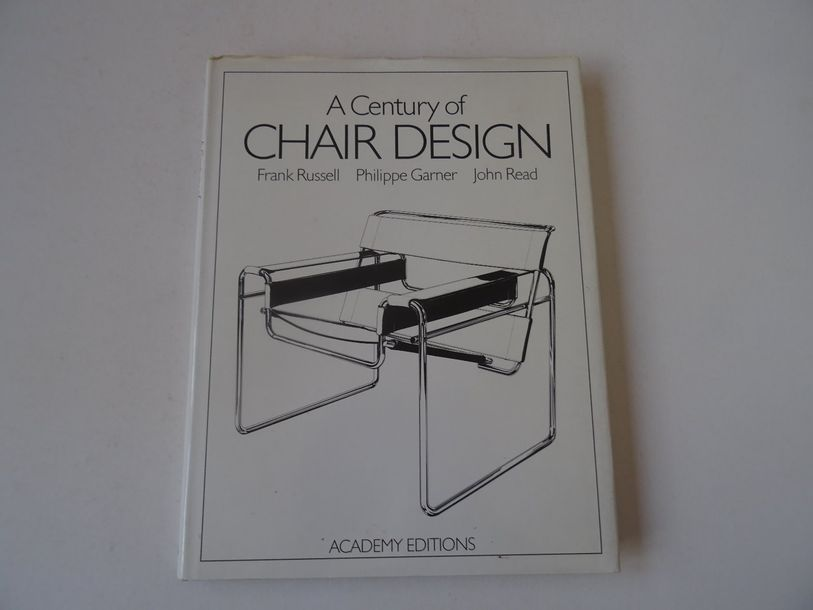 « A century of chair design », Frank Russell, Philippe Garner, John Read ; Ed. A…