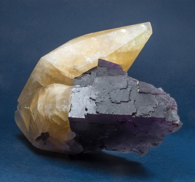 Belle association soclée FLUORINE mauve et CALCITE, d'Elmwood, Tennesse, USA (14…