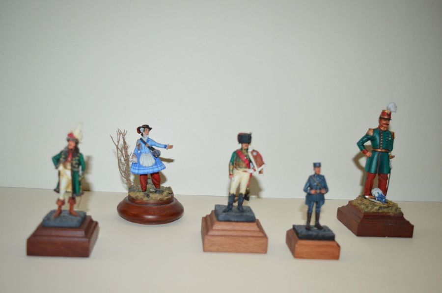 lot de 6 figurines en plomb, Empire et second Empire.