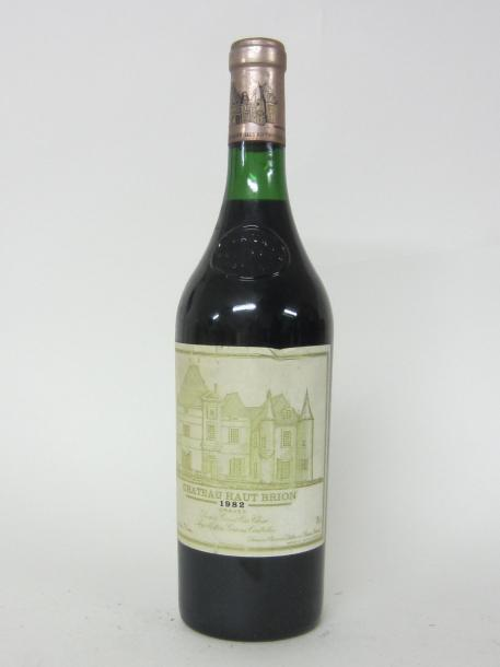 1 CH. HAUT BRION. GRAVES. 1ER GCC. 1982